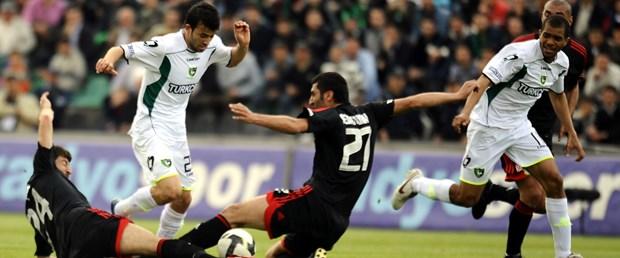 Sivasspor zirveyi bırakmıyor: 0-2