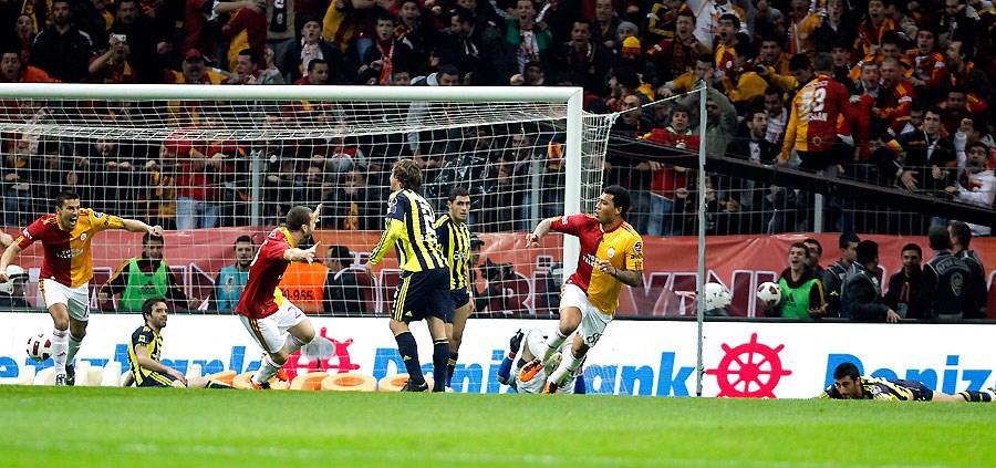 Tarihi Fenerbahçe yazdı!