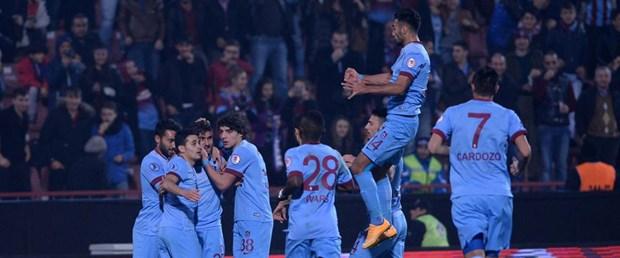 trabzonspor-manisaspor-maçından-9–0-galip-ayrıldı-14-12-25
