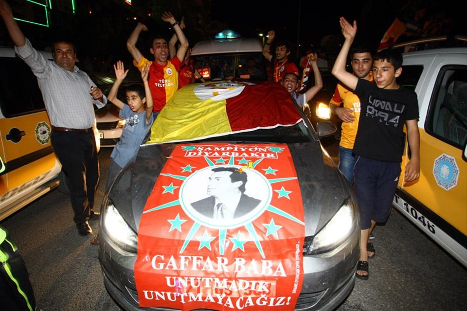 Türkiye sarı kırmızı