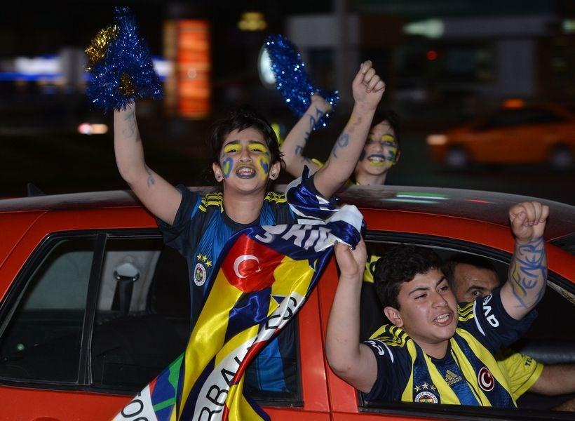 Türkiye sarı lacivert
