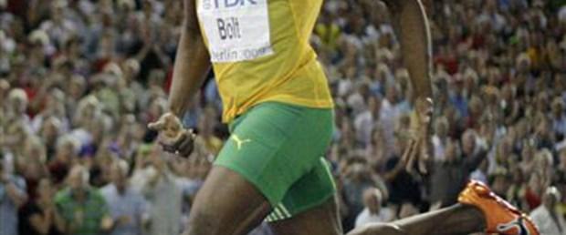 Usain Bolt Ay'a çıktı