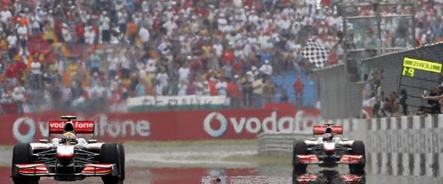 Vettel McLaren'e çalıştı!