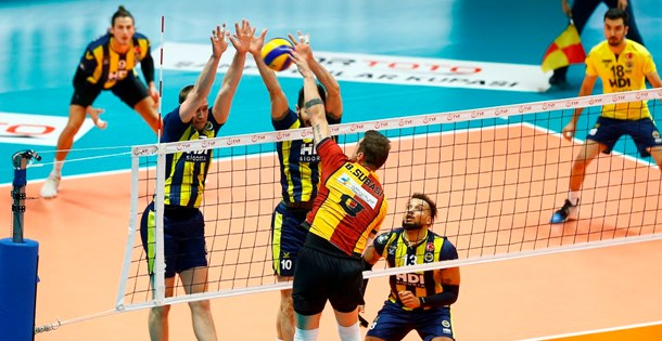 Voleybolda Spor Toto Erkekler Şampiyonlar Kupası Galatasaray HDI Sigorta'nın