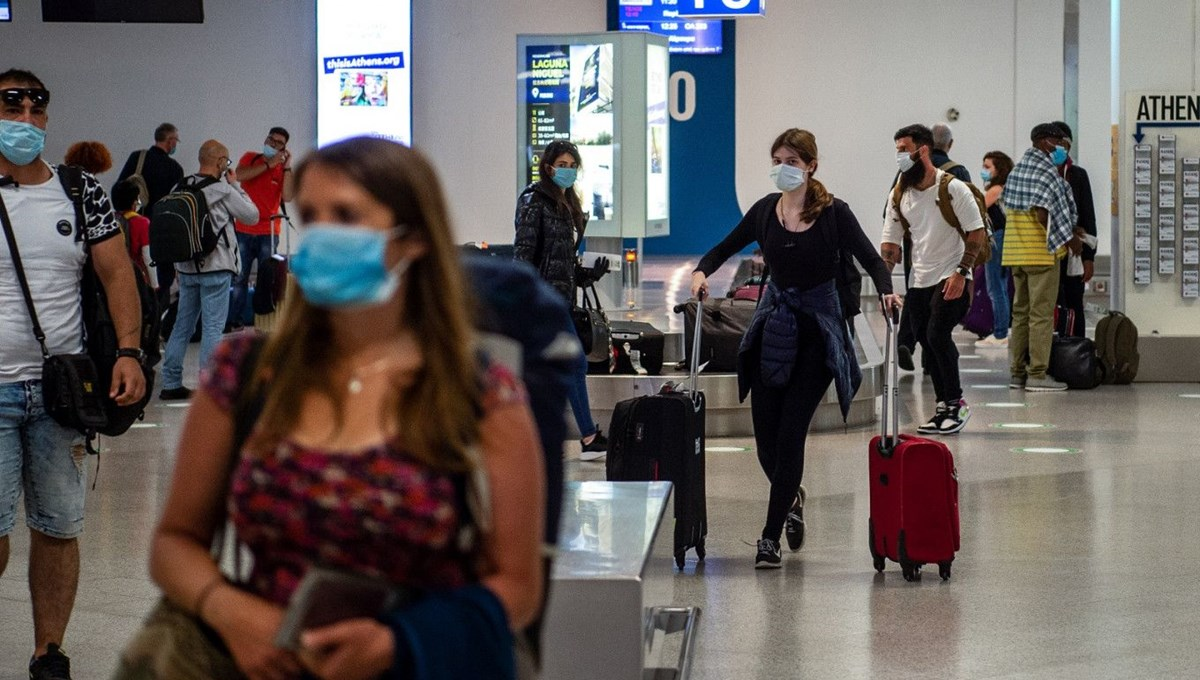 Uluslararası seyahat yasakları Covid-19'a karşı karantinadan 3 kat daha fazla etkili