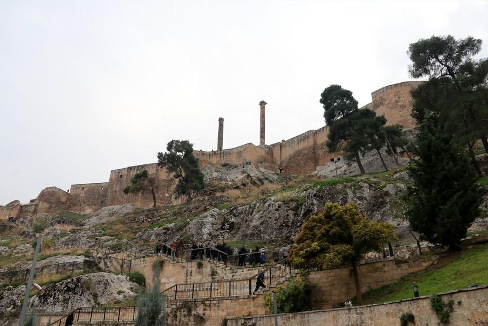 Urfa'nın tarihi kalesi gün yüzüne çıkarılıyor - 1