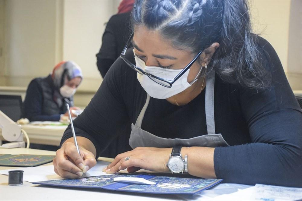 Meksikalı sanatçı Sofia Chavez'in Dolmabahçe Sarayı'na uzanan sanat yolculuğu - 2