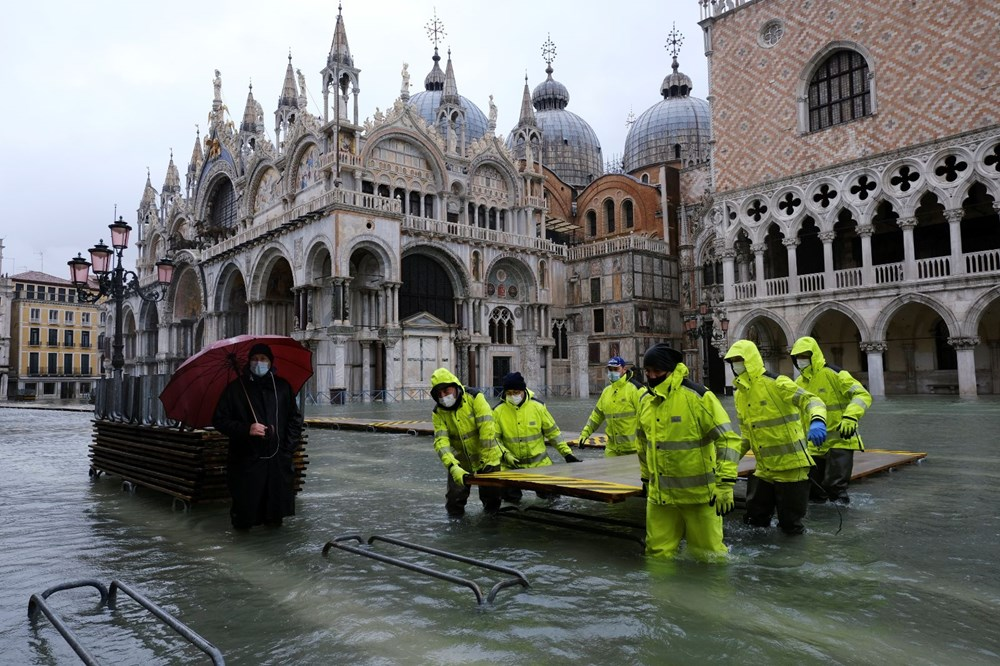 Venedik'te yine su baskını: Milyar dolarlık proje işe yaramadı - 6