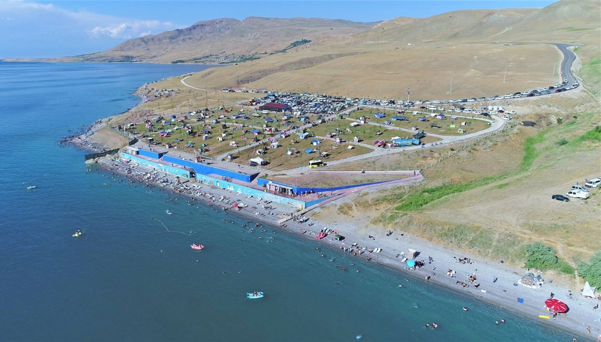 Denize kıyısı olmayan şehrin mavi bayraklı plajı