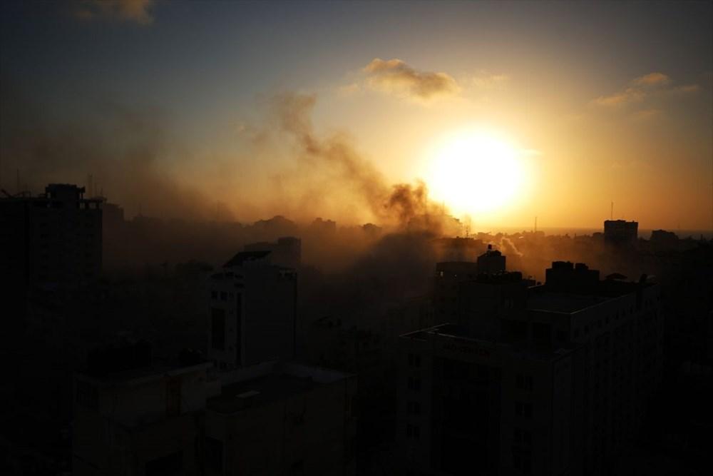 İsrail, Gazze'de sivillerin bulunduğu 14 katlı binayı vurdu - 13