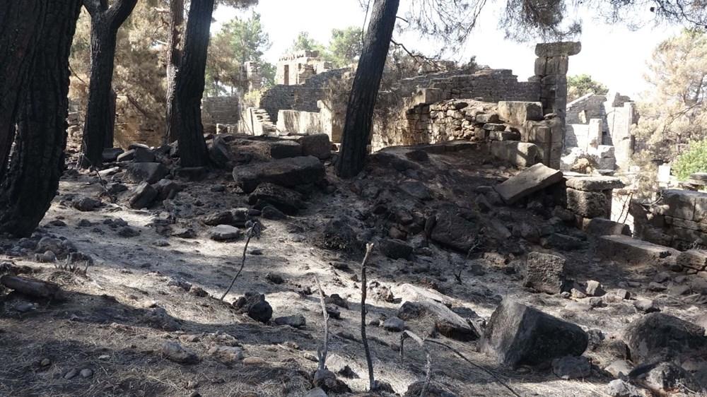 Yangın Lyrbe'yi de vurdu: Antik kent küle döndü - 9