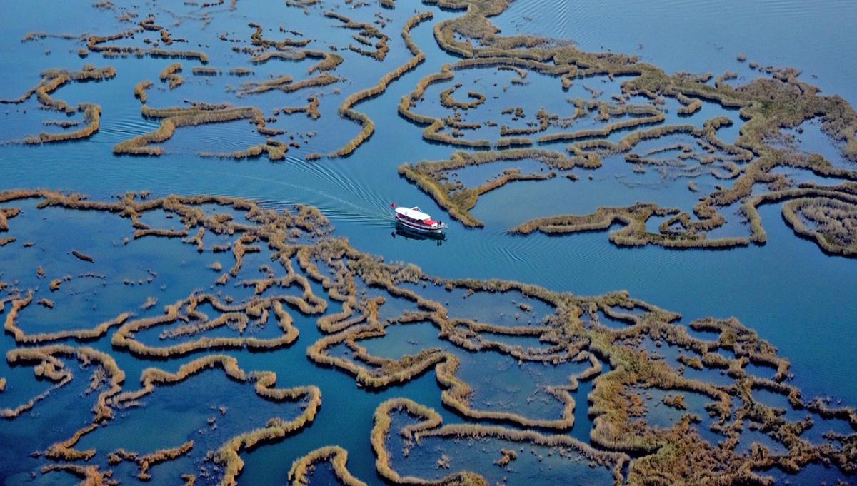 Labirent sazlıkları ile turistlerin gözdesi: Dalyan Kanalı