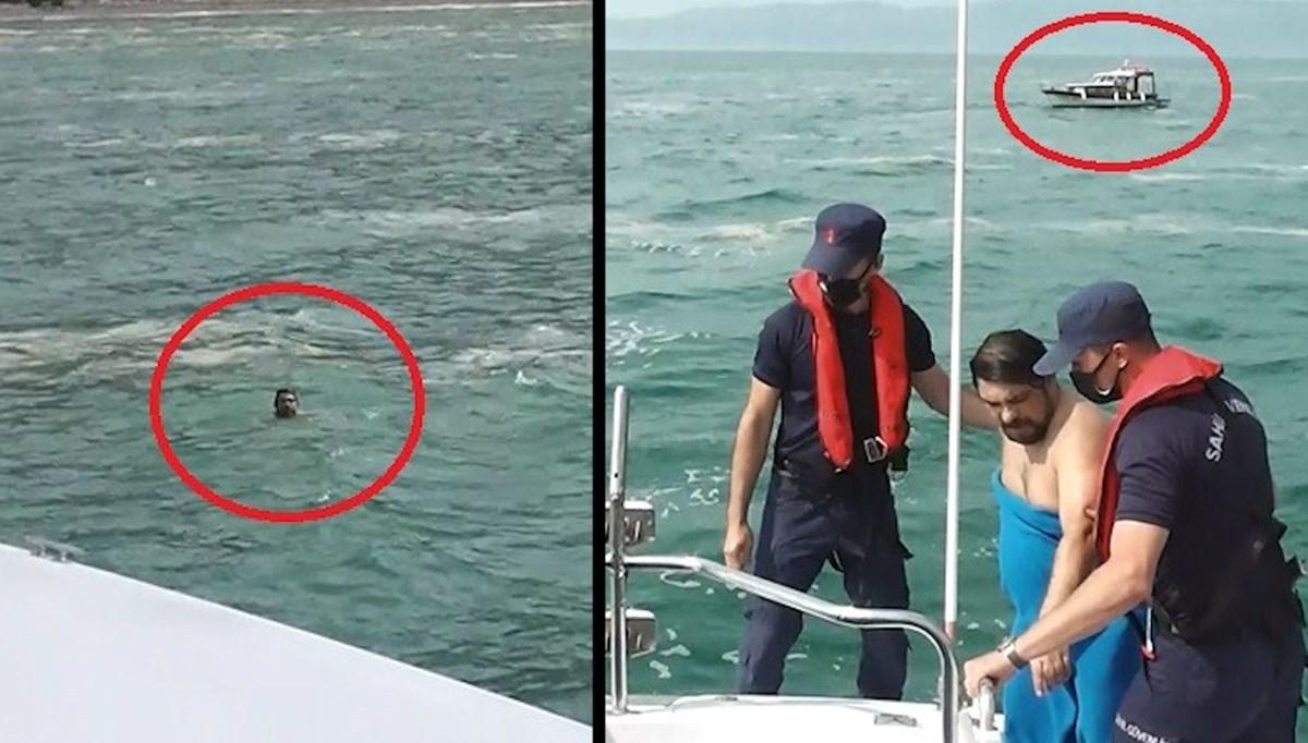 Teknesini müsilajdan kurtarmaya çalışırken denize düştü