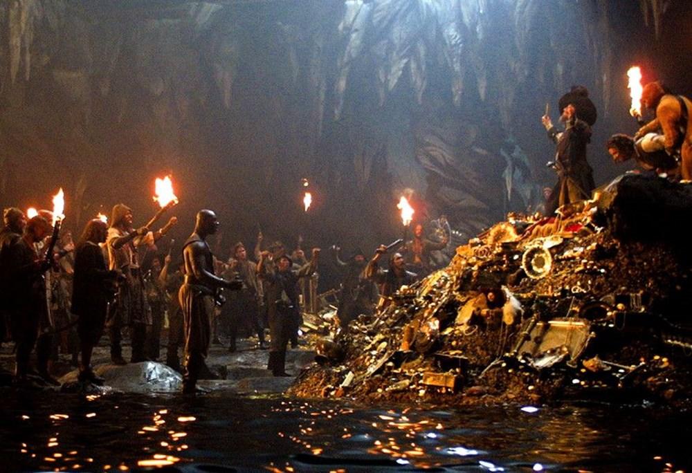 Johnny Depp tahtını Margot Robbie'ye kaptırabilir (Karayip Korsanları hakkında her şey) - 8