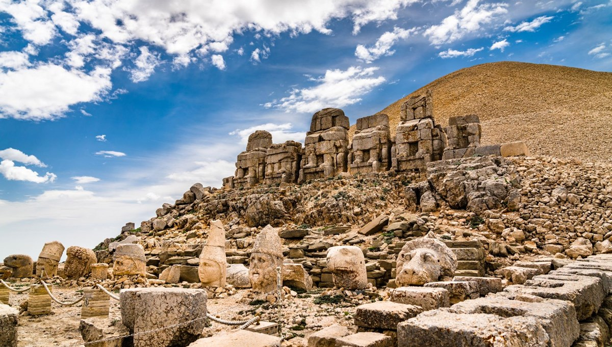 Nemrut Mountain 'World Heritage' hosted the first visitors of the season
