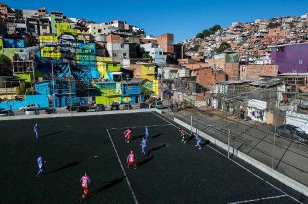 Dünyanın en ilginç futbol sahaları - 7