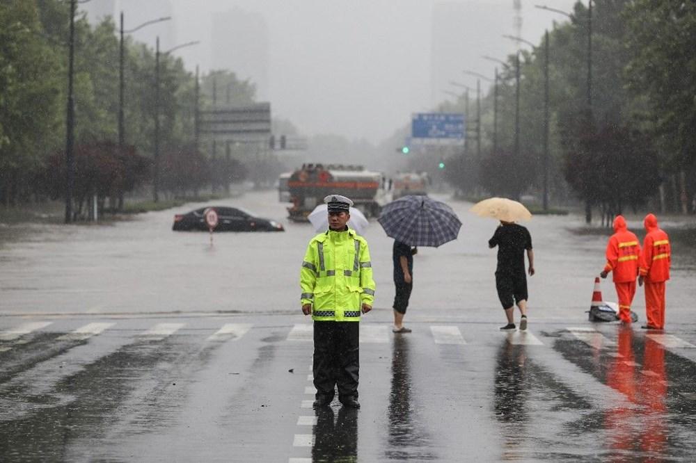 Çin'de 'bin yılın en şiddetli yağmuru' sele neden oldu: 12 kişi hayatını kaybetti - 5