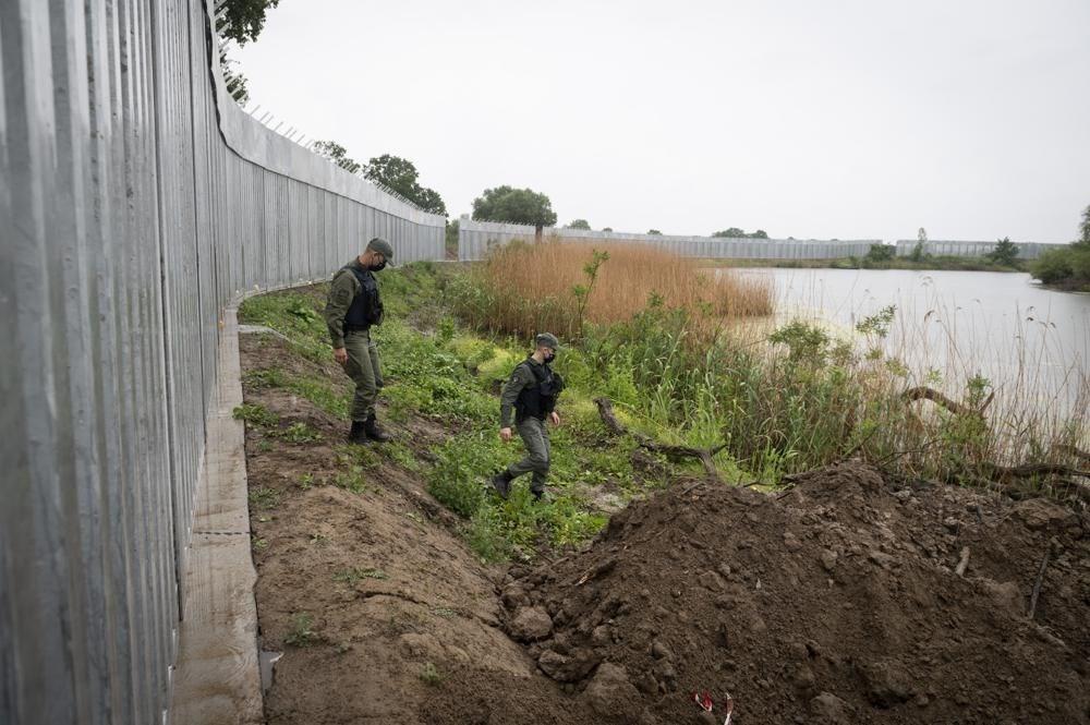 AB'den Türkiye-Yunanistan sınırında göçmenlere karşı dijital bariyer - 3