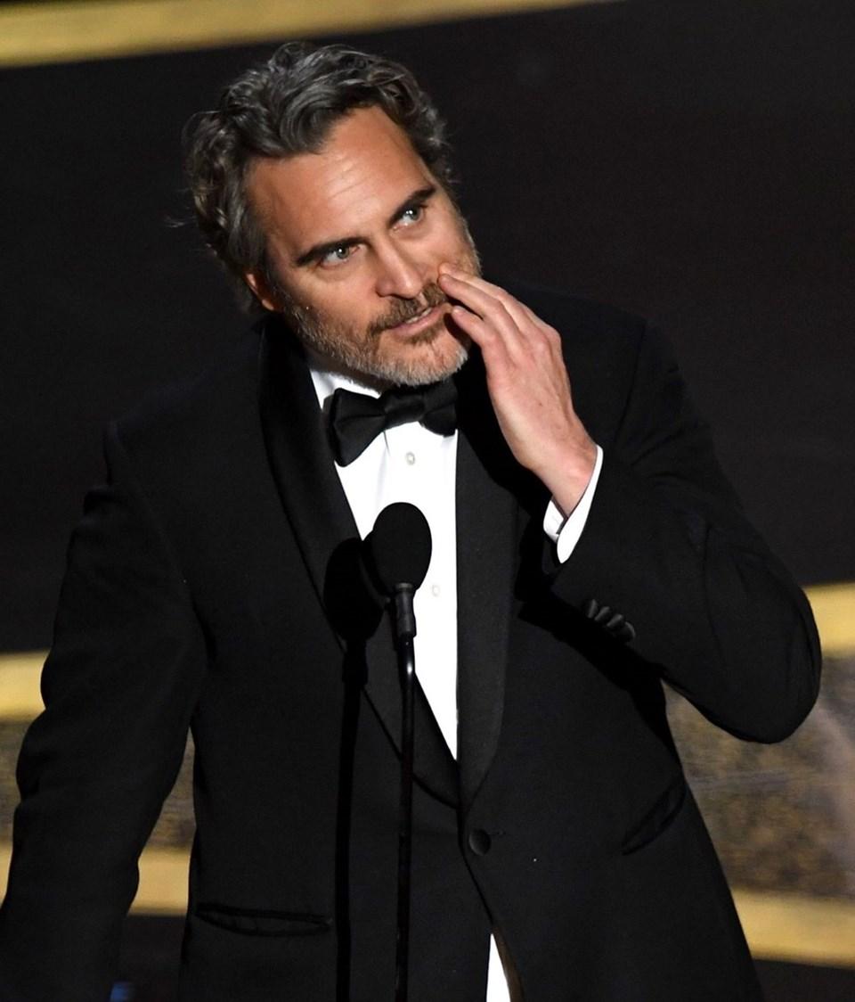 Joaquin Phoenix beklendiği gibiEn İyi Erkek Oyuncu Oscar'ını kazanarak değerini arttıran isimler arasına girdi
