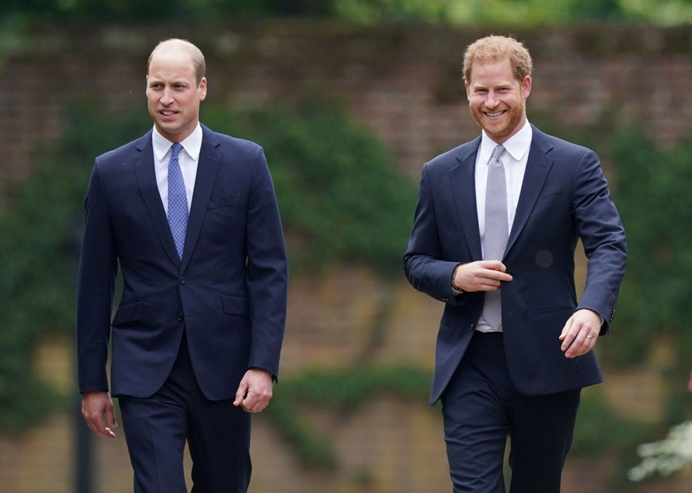 Prenses Diana'nın 60'ıncı doğum gününde Kensington Sarayı'nda heykelinin açılışı yapıldı - 7
