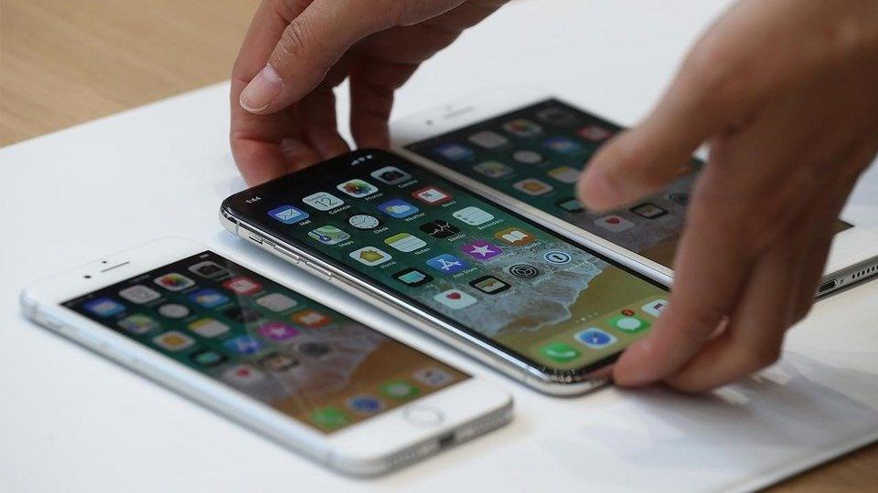 iPHONE 8 PLUS 8.3 MİLYON SATIŞ RAKAMI