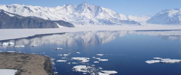 antartika-buzul-27-02-15