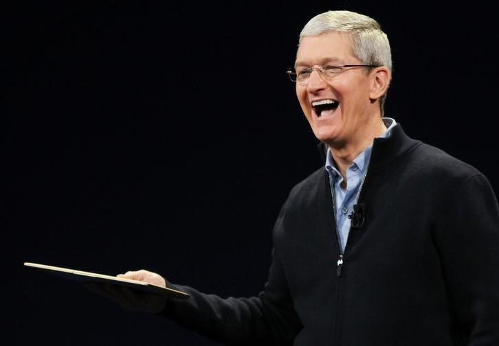 Tim Cook, Apple'ın kurucularından olan Steve Jobs'un hayatını kaybetmesinin ardından, 2011 yılında Apple'In CEO'su olmuştu.