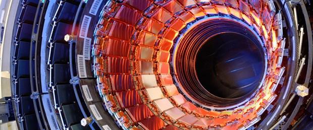 Büyük Hadron Çarpıştırıcısı2.jpg