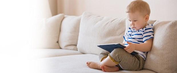 bebek teknoloji tablet akıllı telefon.jpg