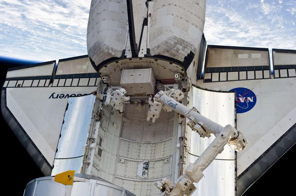 Discovery: Uzaya açılan pencere