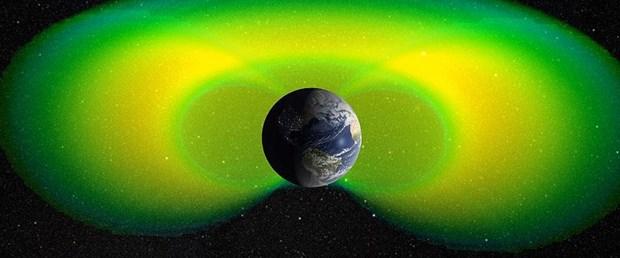 dünya-uzay.jpg