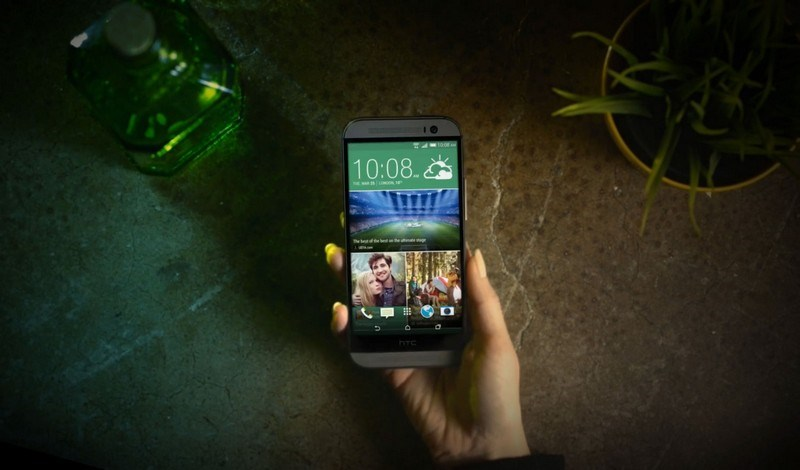 3. HTC One (M8)