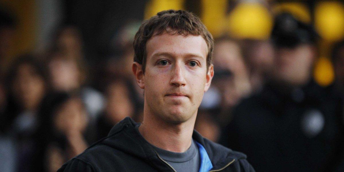 Sosyal medya devi Facebook, canlı yayın hizmeti üzerinden yapılan şiddet paylaşımlarını engellemek için 3 bin kişiyi işe alacağını duyurdu.