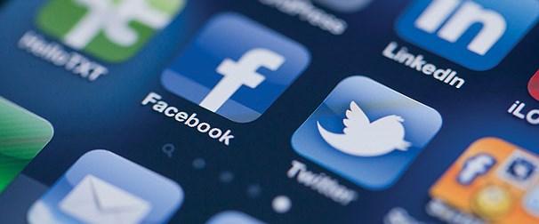 facebook-twitter.Jpeg