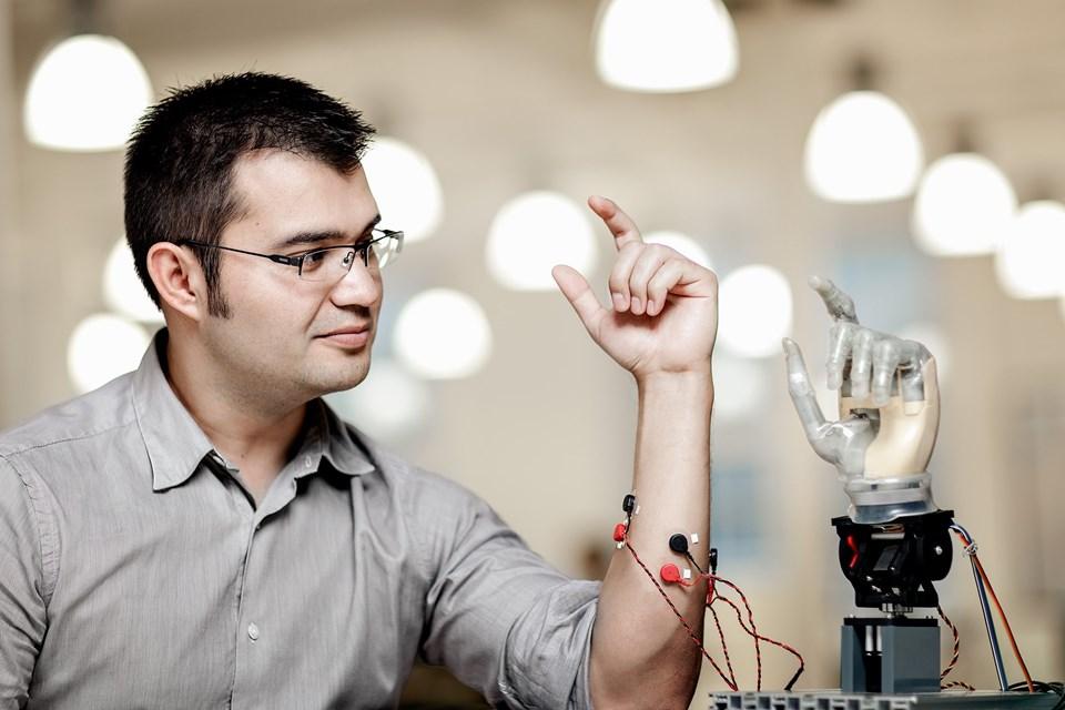 Prof. Dr. Max Ortiz Catalan