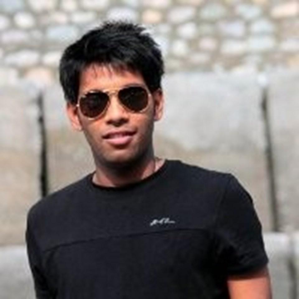 Deepak Solanki (Velmenni CEO'su)