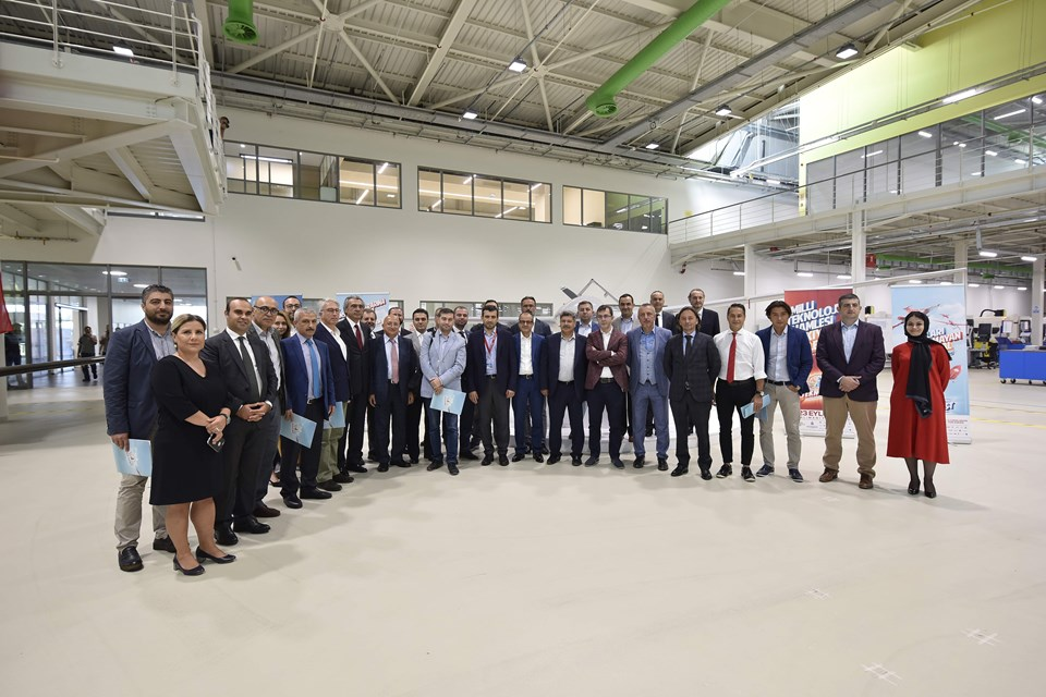 Türkiye Teknoloji Takımı Vakfı Başkanı Selçuk Bayraktar, İstanbul'da basın mensuplarına Teknofest'i anlattı.