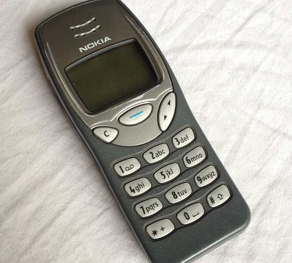 4- Nokia 3210
