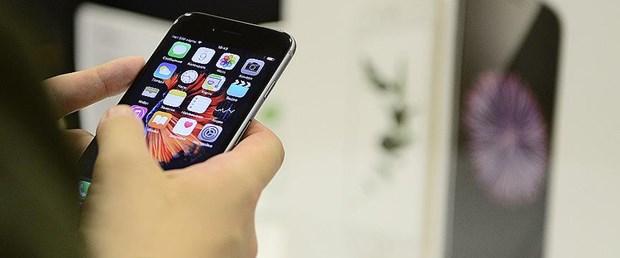 iphone telefon.jpg