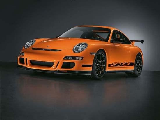 Kartondan Porsche 911 GT3 yaptı!