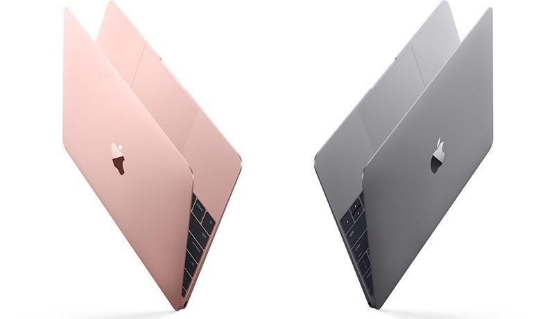 MacBook'taki son derece küçük fakat çok yönlü USB-C bağlantı noktası, geleneksel USB bağlantı noktalarının üçte biri boyutunda olmasına rağmen, şarj, veri aktarımı ve video çıkışının tek bir bağlantı ile yapılabilmesini sağlıyor.