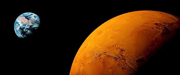 Mars'ın demir zengini kayaları yaşamın izlerini barındırıyor olabilir