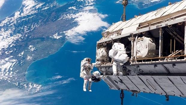nasa uzay istasyonu.jpg