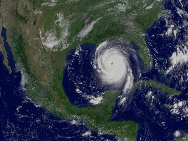 29 Ağustos 2005... GOES 2 uydusu yaklaşan Katrina Kasırgası'nı böyle görüntüledi.