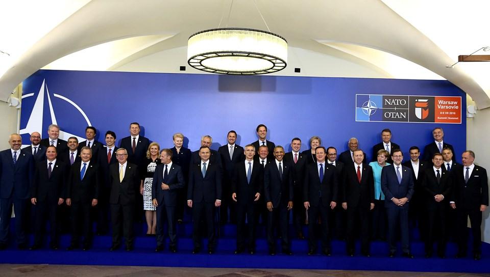 Polonya'nın başkenti Varşova'da toplananNATO üyeleri, Türkiye'ye verilen özel güvence önlemlerinin tam olarak uygulamasına ve bu önlemlerin, gelişen güvenlik durumuna göre esnek ve yeniden şekillenebilir olmasını kararlaştırmıştı