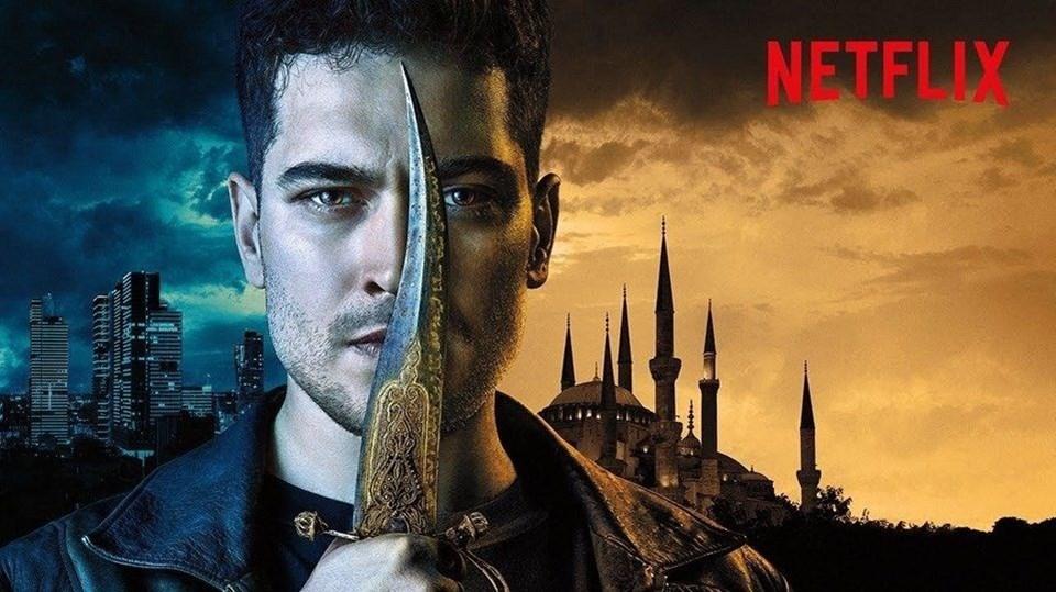 2016'da Türkiye'de kullanıma giren Netflix'in ilk orijinal Türk yapımı Hakan: Muhafız (The Protector) olmuştu.