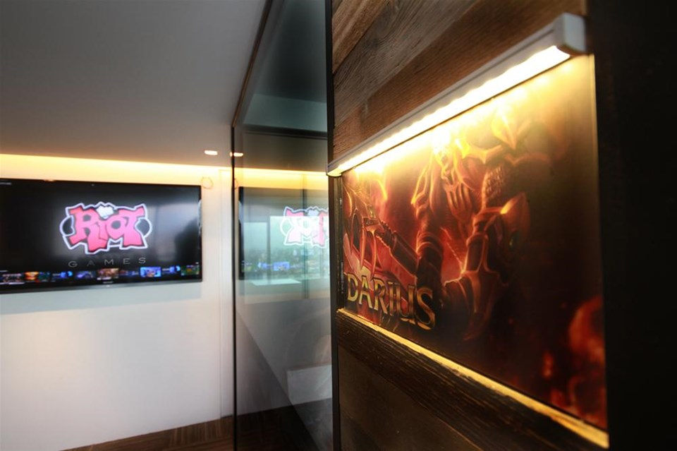 riot games: the entrepreneurial gaming comapy essay Toxicity is common in league of legends but that doesn't mean riot games is turning a blind eye towards it as of recently, the process has taken a speedy approach with riot games looking into the game through its own employees.