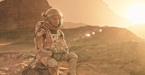 DÜNYA'DA 90 KİLO OLAN BİRİ MARS'TA KAÇ KİLODUR?