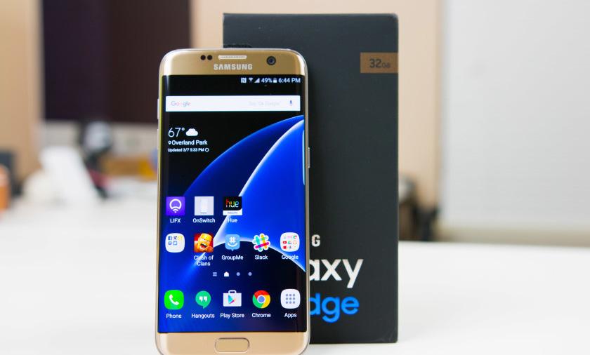 Samsung Galaxy S7 Edge (770 dolar)