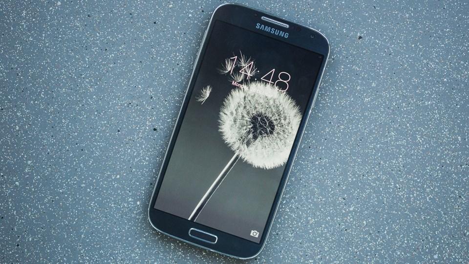 Samsung Galaxy S4 (2013)
